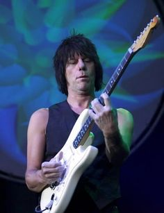JEFF BECK | Metallica, Jeff Beck to be inducted in the Rock 'N' Roll Hall of Fame ...