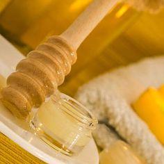 Mit diesem Rezept können Sie ganz einfach Propolis Lippenbalsam selber machen - Entdecken Sie zudem hilfreiche Anwendungstipps für Ihre Gesundheit ...