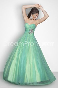 A Line Floor Length Green Sweetheart Tulle Prom Dresses