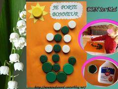Muguet réalisé par Lison avec des bouchons collés Advent Calendar, Triangle, Holiday Decor, May 1, Corks, Advent Calenders