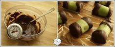 Zöld marcipánba göngyölt csokimázas puncsrolád Chocolate Fondue, Pudding, Homemade, Desserts, Tailgate Desserts, Deserts, Home Made, Custard Pudding, Puddings