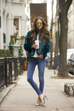 How to Wear Statement Fur: Your Street Style–Approved Guide : StyleCaster waysify
