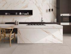 Un plan de travail en #marbre extrêmement raffiné, #élégant et #élégant. Nous adorons tout simplement cette #cuisine