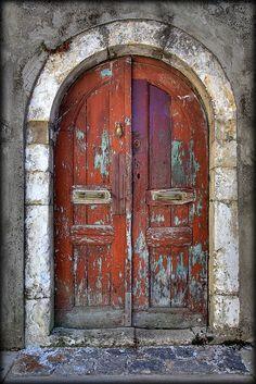 Cool Doors, Unique Doors, Door Knockers, Door Knobs, Porte Cochere, When One Door Closes, Vintage Doors, Door Gate, Rustic Doors