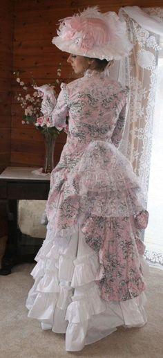 Lady Johanna Polonaise | Victorian/Edwardian fashion | Pinterest)