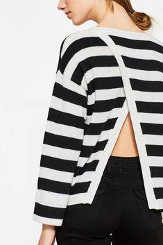 Esprit - Softer Pullover mit Layer-Rückenteil im Online Shop kaufen