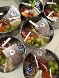 Great idea for outdoor party, picnic or beach day