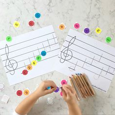 Learn To Read Music Music note reading dot sticker activity - rainbow colors match Montessori musical bells Music Activities For Kids, Preschool Music, Montessori Activities, Music For Kids, Educational Activities, Movement Activities, Piano Lessons For Kids, Elementary Music Lessons, Kids Piano