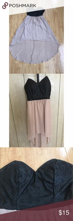 Cute High-Low Dress Super Cute High-Low Dress with beautiful top detailing Size: Small ♡ Dresses High Low