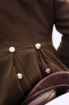 Belgian Pearls: Detail on back of coat