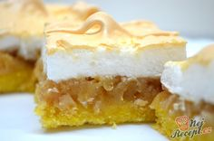 These Tart Lemon Squares are smooth, lemony, tart, and sweet all on top of a buttery shortbread crust! These Lemon Squares today! Lemon Squares Recipe, Candied Lemon Peel, German Cake, Czech Recipes, No Sugar Foods, Food Platters, Christmas Sweets, Cata, Homemade Cakes