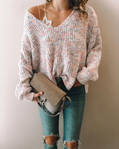 This cozy chenille knit is so soft and the speckled print adds a fun touch. It kind of reminds me of funfetti cake and I love it.…