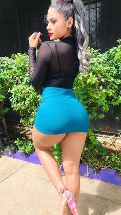 Chicas Buenas En Minifalda