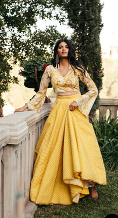 Summer is officially here and you already know Mani Jassal is all about that light weight comfortable vibe. Stay cool and on trend with these summer season pieces. Indian Attire, Indian Ethnic Wear, Indian Kurta, Pakistani, Dress Indian Style, Indian Dresses, Shadi Dresses, Indian Wedding Outfits, Indian Outfits