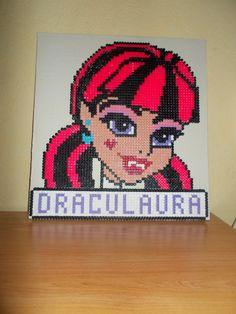 Draculaura - Monster High hama beads by laurent mathieu