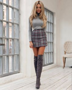 Women& Dresses - 35 Best Outfit to Wear with Mini Skirt and .-Women's Dresses – 35 Bestes Outfit zum Tragen mit Minirock und Stiefeln Women& Dresses – 35 Best outfit to wear with mini skirt and boots # Women& # # chinesesilkwomen& - Women's Mini Skirts, Mini Skirt Dress, Skirts With Boots, Short Skirts, Skirt Boots, Bandage Skirt, Women's Skirts, Mini Skirt Outfits, Summer Fashion Outfits