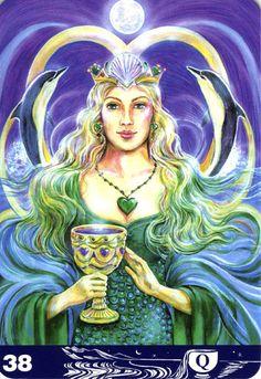 38 Queen of Cups カップのクイーン