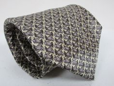 Mens Jerry Garcia Silk Tie Fish Gray And Beige Classic Necktie 58 x 4 New #JerryGarcia #Tie