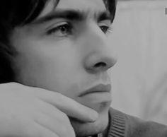 Liam Gallagher Oasis, Hd Video, Hair Makeup, Fan, Portrait, Youtube, Instagram, Rock Stars, Beauty