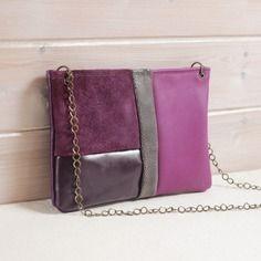 Pochette en cuir violet et gris, patchwork de différents cuir, graphique, cousu main