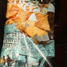 Chips (CHEDDAR) - Megrendelhető itt: www.hu - A vizuális ételrendelő. Snack Recipes, Snacks, Cheddar, Chips, Food, Tapas Food, Appetizer Recipes, Appetizers, Meal