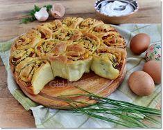 Gizi-receptjei. Várok mindenkit.: Húsvéti sonkás csigatorta. Camembert Cheese, Dairy, Food, Drinks, Breads, Beverages, Hoods, Meals, Drink