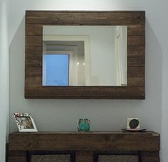 "Espejo reciclado ""Iam"" - palets pallets Beautiful Mirrors, Sweet Home, Wall, Mirror Mirror, Diy, Furniture, Home Decor, Recycled Mirrors, Kitchen Units"