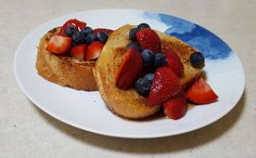 French toast with fresh berries [OC]