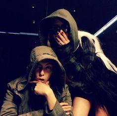 T.O.P and CL pose together for a selca Top Bigbang, Seungri, Christina Aguilera, Aaliyah, Jennifer Lopez, South Korean Girls, Korean Girl Groups, Rihanna, Gd And Cl