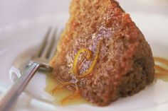 Sweet, dense and with a hint of orange, this classic golden syrup steamed pudding is a great winter dessert. Steamed Pudding Recipe, Pudding Recipes, Dessert Dishes, Dessert Recipes, Dessert Ideas, Flan, Golden Syrup Pudding, Proof Of The Pudding, Mousse