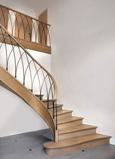 26 Ultimate Farmhouse Staircase Decor Ideas And Design Staircase Railing Design, Modern Stair Railing, Wrought Iron Stair Railing, Home Stairs Design, Staircase Railings, Modern Stairs, Interior Stairs, House Design, Banisters
