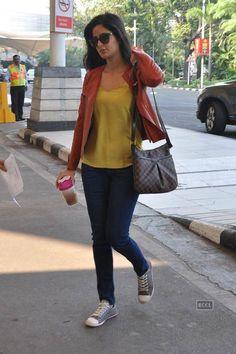 Katrina Kaif spotted at the airport for Arpita Khan's wedding. (Pic: Viral Bhayani)See more of: Katrina Kaif