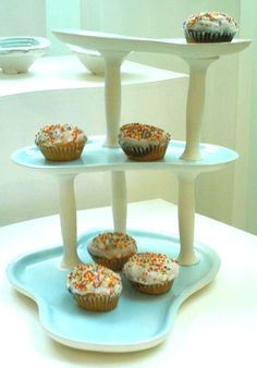 Cake Stand, i never thought to use different shaped platters