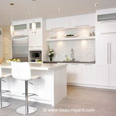 10 ideas for a white kitchen - Dining Room Condo Kitchen, Kitchen Dinning, New Kitchen, Kitchen Remodel, Kitchen Decor, Kitchen White, Kitchen Ideas, Dining Room, Condo Design