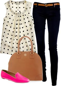 Polka dot shirt, dark skinnies, bright pink flats. So cute!!!