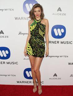 Pin for Later: Les Stars Ont Gardé Leurs Meilleures Tenues Pour l'After Party des Grammy Awards Miranda Kerr Portant une robe signée Versace.
