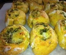 Recipe Pumpkin, Chickpea, Pesto & Cheese Scrolls by arwen.thermomix - Recipe of category Baking - savoury