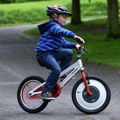 Jyrobike : oubliez les stabilisateurs, ce vélo tient tout seul
