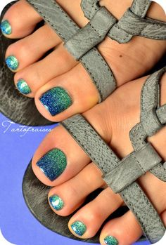 40 Chic And Trendy Toe Nails Art Ideas To Try In 2020 Summer - Hey! Pretty babies, summer is here. Are you ready for cute, trendy, and chic toes nail - Pretty Toe Nails, Cute Toe Nails, Gel Nails, Glitter Toe Nails, Nail Polish, Toe Nail Color, Toe Nail Art, Nail Colors, Beach Toe Nails