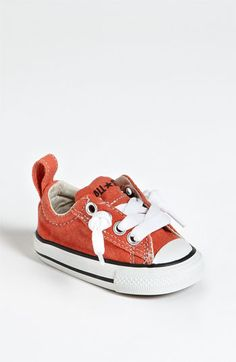 Converse 'Street Ox' Slip-On Sneaker (Baby, Walker & Toddler) Cool Baby, Baby Kind, My Baby Girl, Baby Boys, Baby Outfits, Outfits Niños, Kids Outfits, Baby Dresses, Baby Chucks