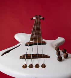 """Handcrafted bass guitar """"Fusion"""" - csrguitars.com"""