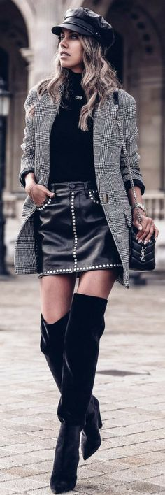 Rocking An Attractive Pair Of Boots - How To Style By Vivaluxury http://ecstasymodels.blog/2017/10/12/rocking-pair-boots-style-vivaluxury/