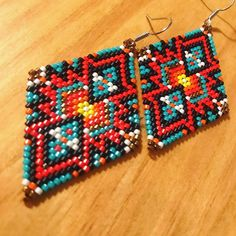 gonna have to keep these for myself . 😍😍 I'm gonna have to keep these for myself . Wire Earrings, Earrings Handmade, Etsy Earrings, Handmade Jewelry, Fringe Earrings, Beaded Jewelry, Beaded Bracelets, Crochet Dreamcatcher, Brick Stitch Earrings