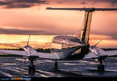 32 Best King Air 200 images in 2019 | Air ride, Airplane, Plane