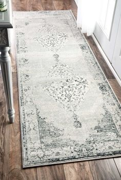 Mylo Rug in Gray