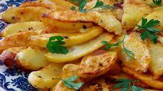 Super večera za pár eur: Pečené zemiaky s gréckym jogurtom máte hotové raz dva Czech Recipes, Potato Recipes, Vegetable Recipes, Vegetarian Recipes, Cooking Recipes, Salty Foods, Fast Dinners, Food 52, Tasty Dishes