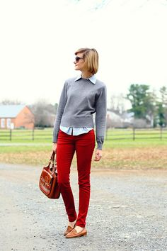 ❀ casual outfit Red pants, grey sweater atop a white chambray, brown loafers, and brown satchel. Red Jeans Outfit, Pants Outfit, Loafers Outfit, Outfit Work, Cardigan Outfits, Mode Outfits, Casual Outfits, Fashion Outfits, Womens Fashion