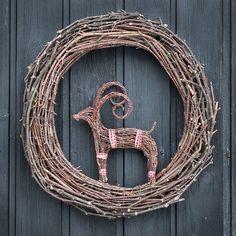 Today it's Father's Day in Finland. This wreath is made for my father. #birchwreath #birchtwigs #koivurisu #björkris #wreath #decoration #kranssi #krans #risutyö #pukki #ovikoriste #Christmas #joulu #joulukranssi #buck #christmasdecoration #allhandmadebyme #julbock #christmasbuck #twigcraft