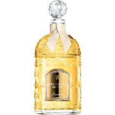 """""""Mon précieux nectar"""" de Guerlain, la plus belle production de l'abeille. Notes de tête : petit grain, amande amère. Notes de cœur : fleur d'oranger, jasmin. Notes de fond : bois de santal, bois de Gaiac, vanille, muscs blancs, encens."""