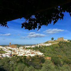 Rincones de #Andalucía perfectos para una escapada romántica... / One of the ideal #andalusian places for a romantic trip!  @Regrann from @turismocortegana - Aún no conoces #Cortegana? Ven y disfruta de un mundo de sensaciones... Still you not know #Cortegana? Come and enjoy a world of sensations at your disposal... #SienteHuelva #turismorural #TurismoEspaña #estaes_huelva #Loves_huelva #tourism #experience  #tumejortú #España #Spain #turismo #tourism #viajes #viajar #travel #turismoandaluz…